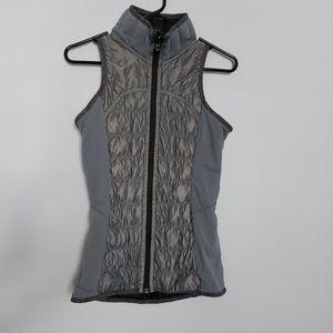 Lululemon Run: Turn Around Reversible Vest Size 4